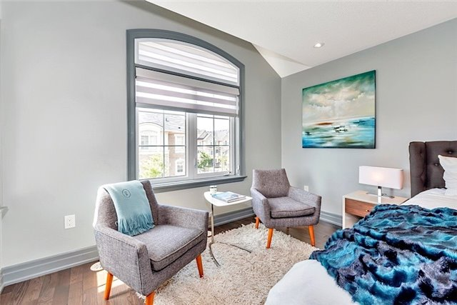 Townhouse at 2403 Greenwich Dr, Oakville, Ontario. Image 8
