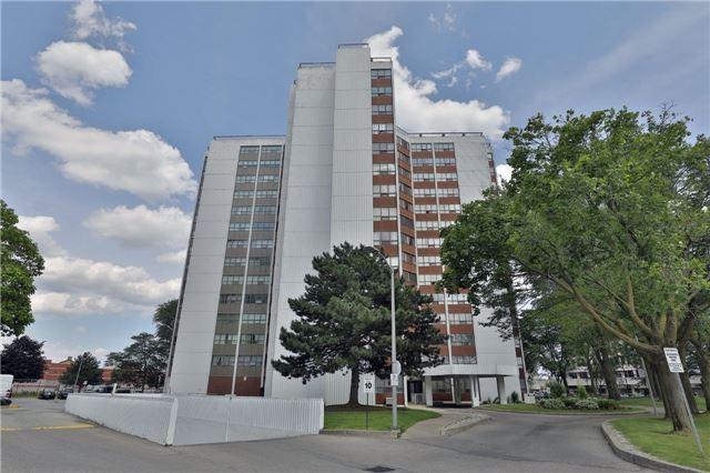 Condo Apartment at 2323 Confederation Pkwy, Unit Ph5, Mississauga, Ontario. Image 1