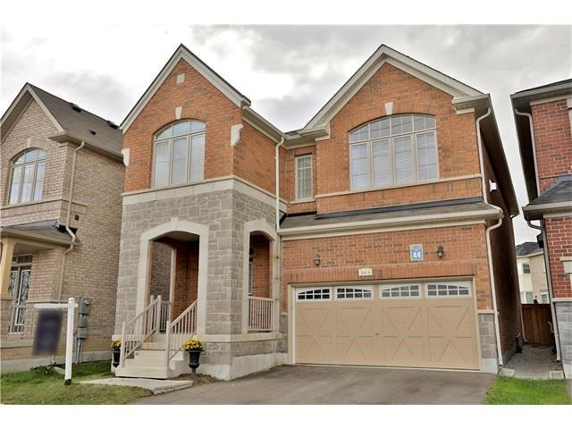 Detached at 346 Cedar Hedge Rd, Milton, Ontario. Image 1