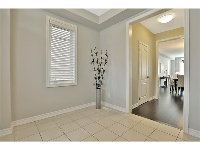 Detached at 346 Cedar Hedge Rd, Milton, Ontario. Image 14