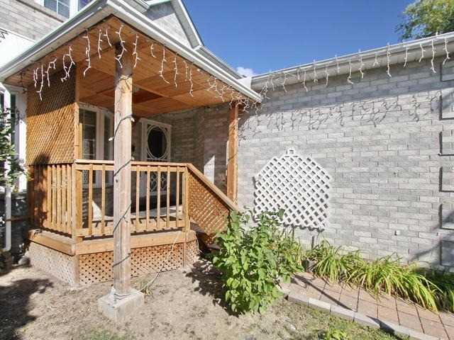 Detached at 72 Vivians Cres, Brampton, Ontario. Image 12