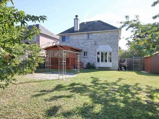 Detached at 72 Vivians Cres, Brampton, Ontario. Image 11