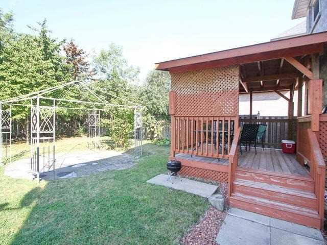 Detached at 72 Vivians Cres, Brampton, Ontario. Image 13