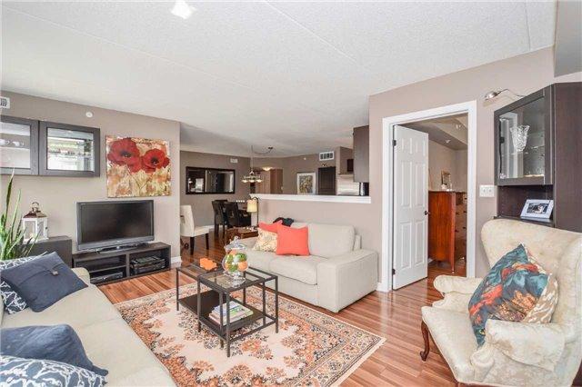 Condo Apartment at 1340 Main St E, Unit 314, Milton, Ontario. Image 15