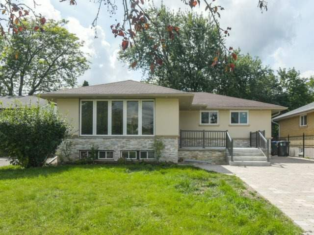 Detached at 19 Coniston Ave, Brampton, Ontario. Image 1