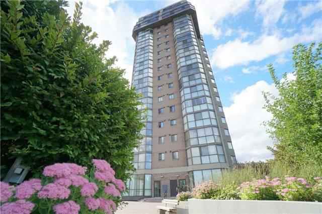 Condo Apartment at 880 Dundas St W, Unit 806, Mississauga, Ontario. Image 11