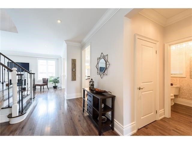 Detached at 3113 Gladeside Ave, Oakville, Ontario. Image 12