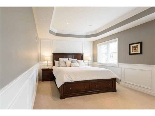 Detached at 3113 Gladeside Ave, Oakville, Ontario. Image 2
