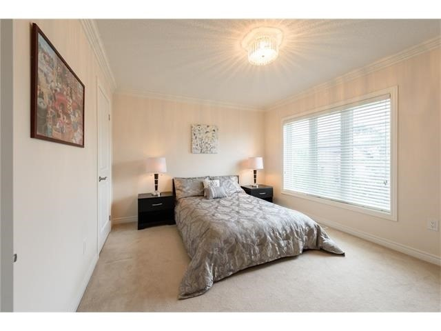 Detached at 3113 Gladeside Ave, Oakville, Ontario. Image 5