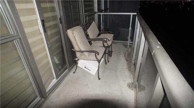 Condo Apartment at 15 James Finlay Way, Unit 917, Toronto, Ontario. Image 2