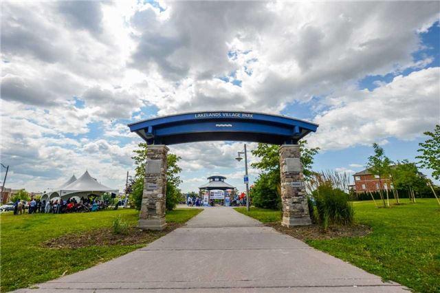 Detached at 5 Silent Pond Cres, Brampton, Ontario. Image 8