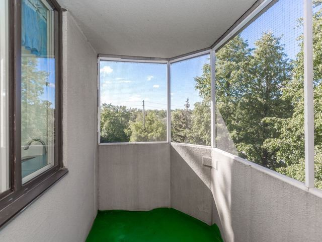 Condo Apartment at 1320 Islington Ave, Unit 407, Toronto, Ontario. Image 8