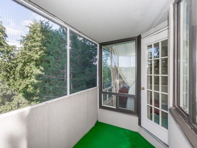 Condo Apartment at 1320 Islington Ave, Unit 407, Toronto, Ontario. Image 9