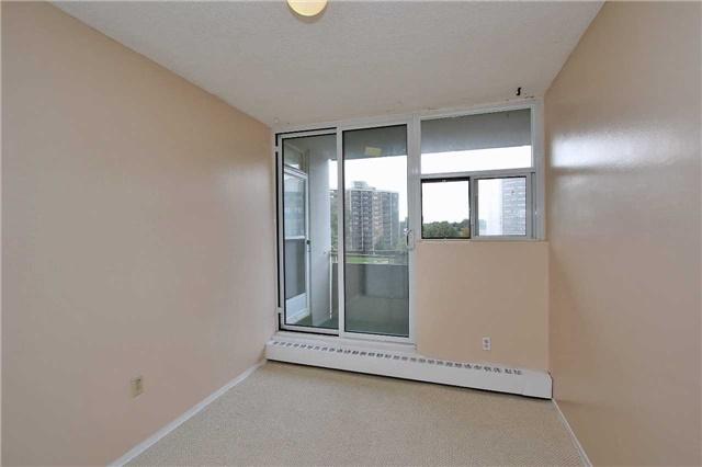 Condo Apartment at 2121 Roche Crt, Unit 628, Mississauga, Ontario. Image 20