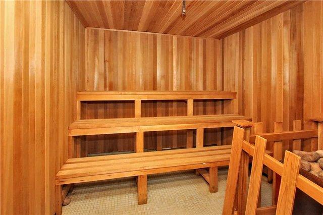 Condo Apartment at 2121 Roche Crt, Unit 628, Mississauga, Ontario. Image 10