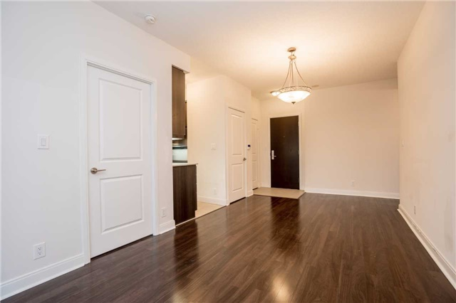 Condo Apartment at 60 Absolute Ave, Unit 908, Mississauga, Ontario. Image 17