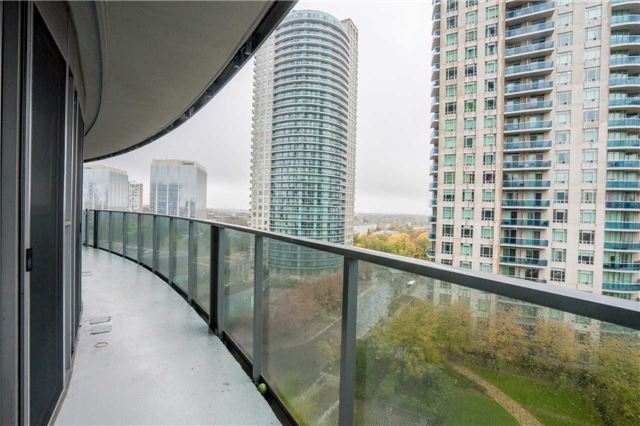 Condo Apartment at 60 Absolute Ave, Unit 908, Mississauga, Ontario. Image 11