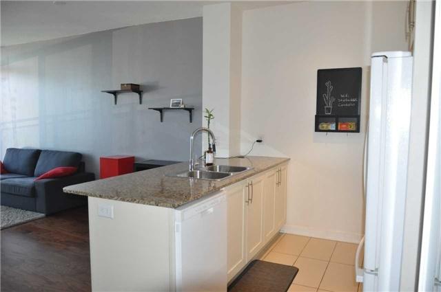 Condo Apartment at 4070 Confederation Pkwy, Unit 2410, Mississauga, Ontario. Image 17