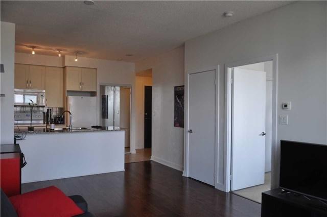 Condo Apartment at 4070 Confederation Pkwy, Unit 2410, Mississauga, Ontario. Image 2