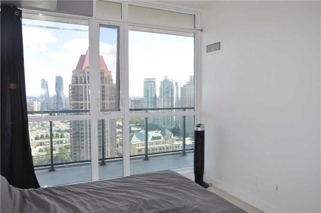 Condo Apartment at 4070 Confederation Pkwy, Unit 2410, Mississauga, Ontario. Image 3