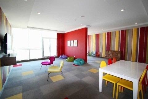 Condo Apartment at 4070 Confederation Pkwy, Unit 2410, Mississauga, Ontario. Image 9