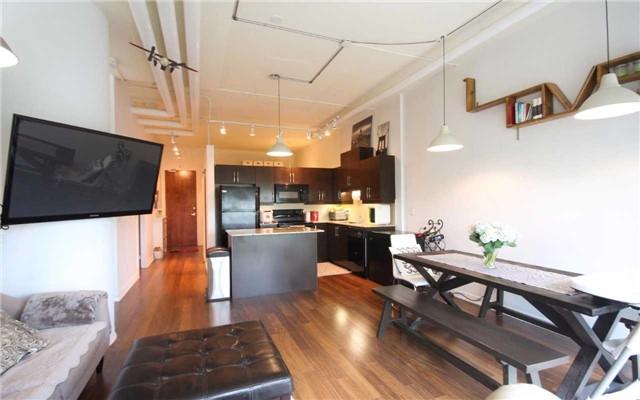 Condo Apartment at 2 Fieldway Rd, Unit 408, Toronto, Ontario. Image 16