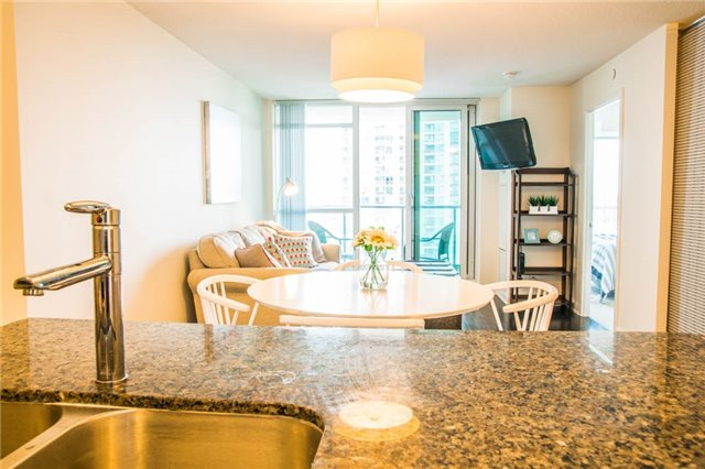 Condo Apartment at 205 Sherway Gardens Rd, Unit 1501, Toronto, Ontario. Image 18