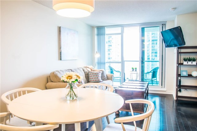 Condo Apartment at 205 Sherway Gardens Rd, Unit 1501, Toronto, Ontario. Image 19