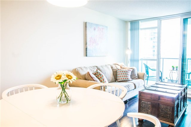Condo Apartment at 205 Sherway Gardens Rd, Unit 1501, Toronto, Ontario. Image 2