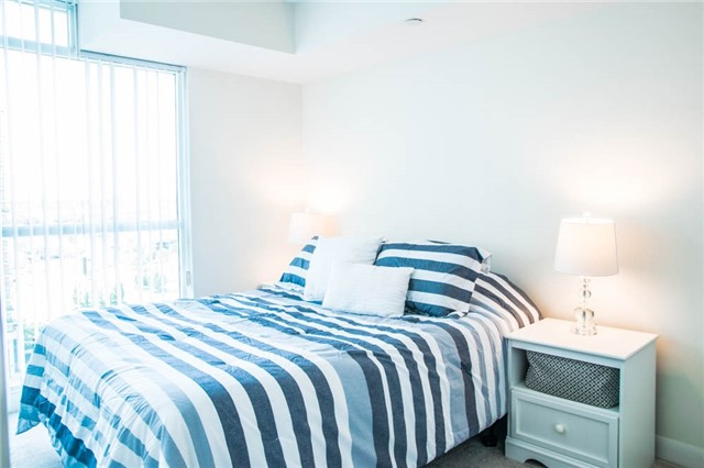 Condo Apartment at 205 Sherway Gardens Rd, Unit 1501, Toronto, Ontario. Image 5