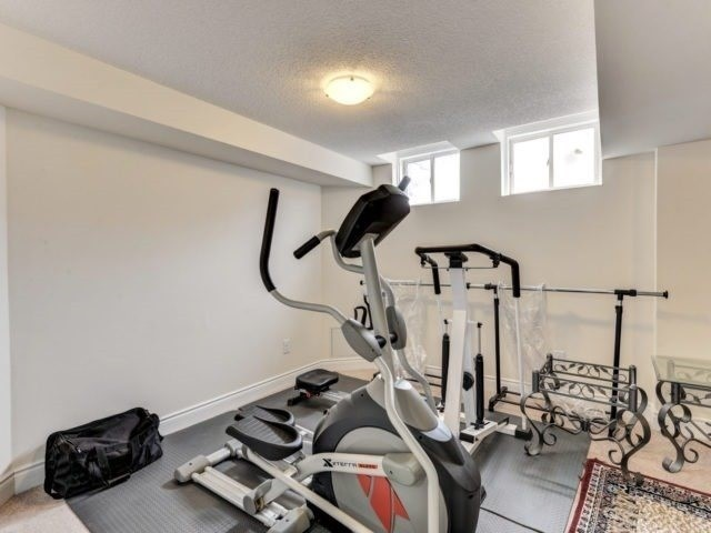 Semi-detached at 7 Interlude Dr, Brampton, Ontario. Image 10