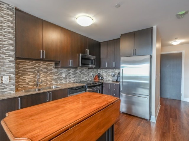Condo Apartment at 35 Fontenay Crt, Unit 508, Toronto, Ontario. Image 18
