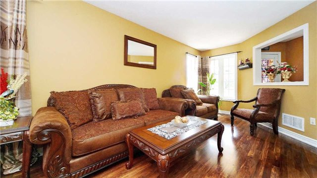 Detached at 41 Orchid Dr, Brampton, Ontario. Image 14