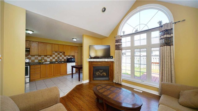 Detached at 41 Orchid Dr, Brampton, Ontario. Image 15