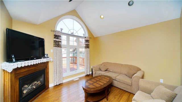 Detached at 41 Orchid Dr, Brampton, Ontario. Image 16