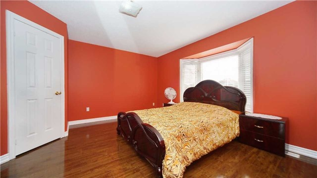 Detached at 41 Orchid Dr, Brampton, Ontario. Image 20