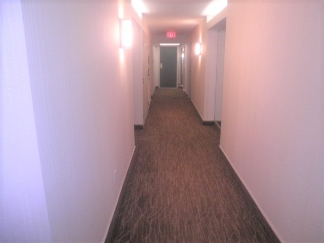 Condo Apartment at 2091 Hurontario St, Mississauga, Ontario. Image 7