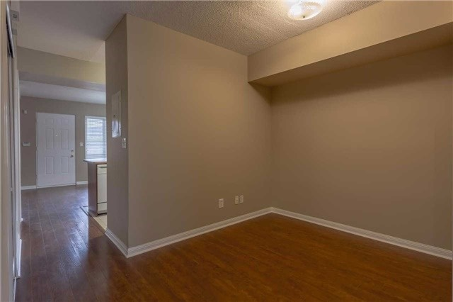 Condo Townhouse at 3035 Finch Ave W, Unit 1001, Toronto, Ontario. Image 17