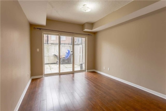 Condo Townhouse at 3035 Finch Ave W, Unit 1001, Toronto, Ontario. Image 5