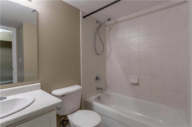 Condo Townhouse at 3035 Finch Ave W, Unit 1001, Toronto, Ontario. Image 6