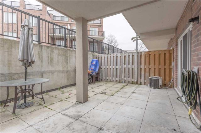 Condo Townhouse at 3035 Finch Ave W, Unit 1001, Toronto, Ontario. Image 10