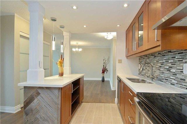 Condo Apartment at 820 Burnhamthorpe Rd, Unit 1008, Toronto, Ontario. Image 14