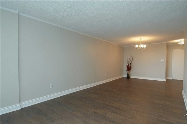 Condo Apartment at 820 Burnhamthorpe Rd, Unit 1008, Toronto, Ontario. Image 18