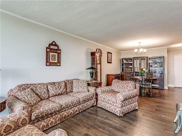 Condo Apartment at 820 Burnhamthorpe Rd, Unit 1008, Toronto, Ontario. Image 2
