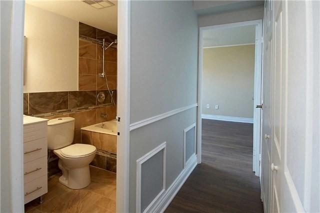 Condo Apartment at 820 Burnhamthorpe Rd, Unit 1008, Toronto, Ontario. Image 4