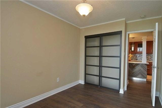 Condo Apartment at 820 Burnhamthorpe Rd, Unit 1008, Toronto, Ontario. Image 5
