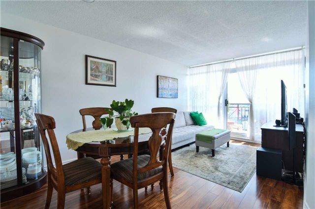 Condo Apartment at 2365 Central Park Dr, Unit 907, Oakville, Ontario. Image 20
