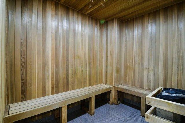 Condo Apartment at 2365 Central Park Dr, Unit 907, Oakville, Ontario. Image 10
