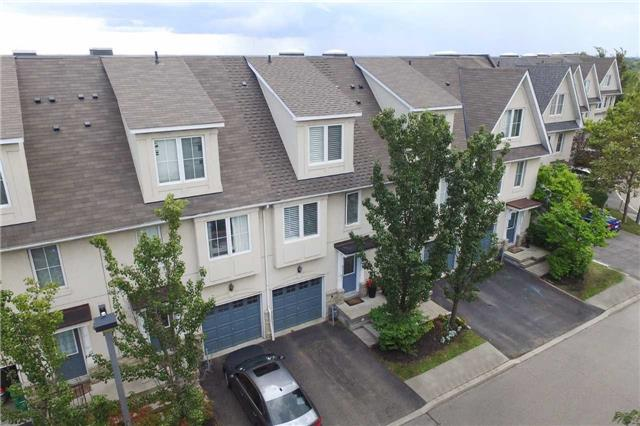 Condo Townhouse at 800 Dundas St W, Unit 31, Mississauga, Ontario. Image 13