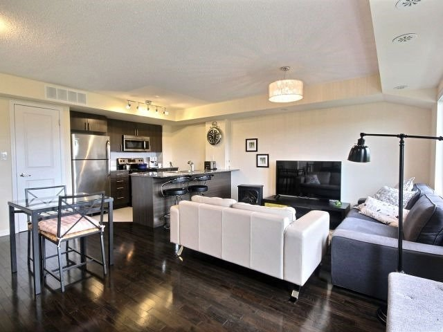 Condo Townhouse at 10 Foundry Ave, Unit 229, Toronto, Ontario. Image 5